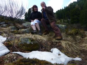 Marian en Dick in deOostenrijkse sneeuw of wat daar van over was