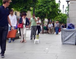 Sevillaargelozevoorbijgangers